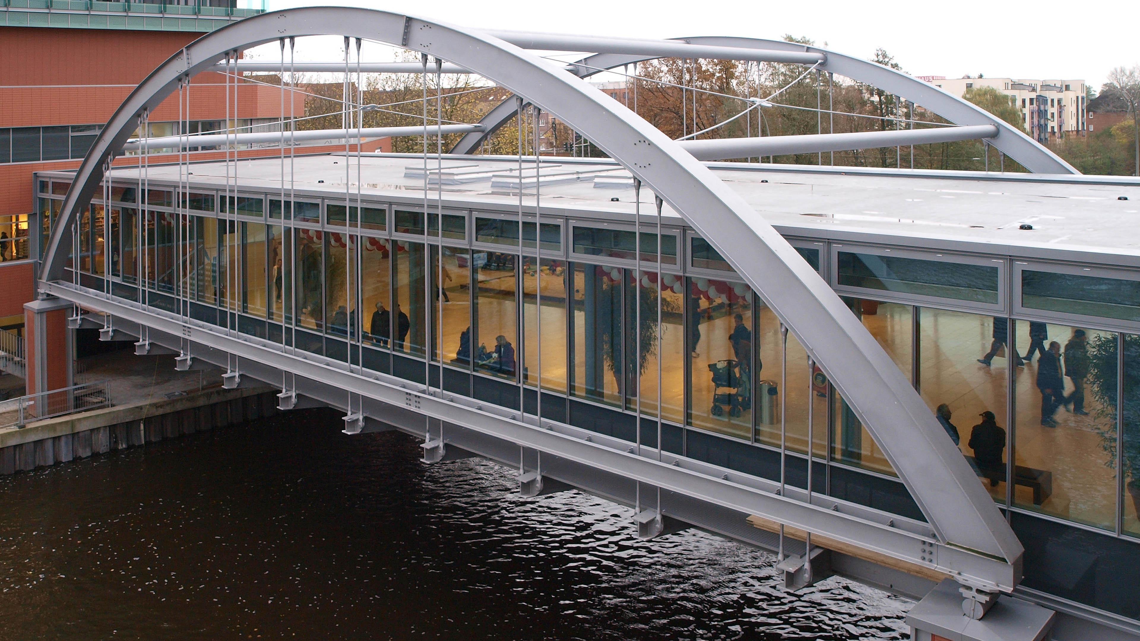 Verbindungsbrücke in Hamburg Bergedorf