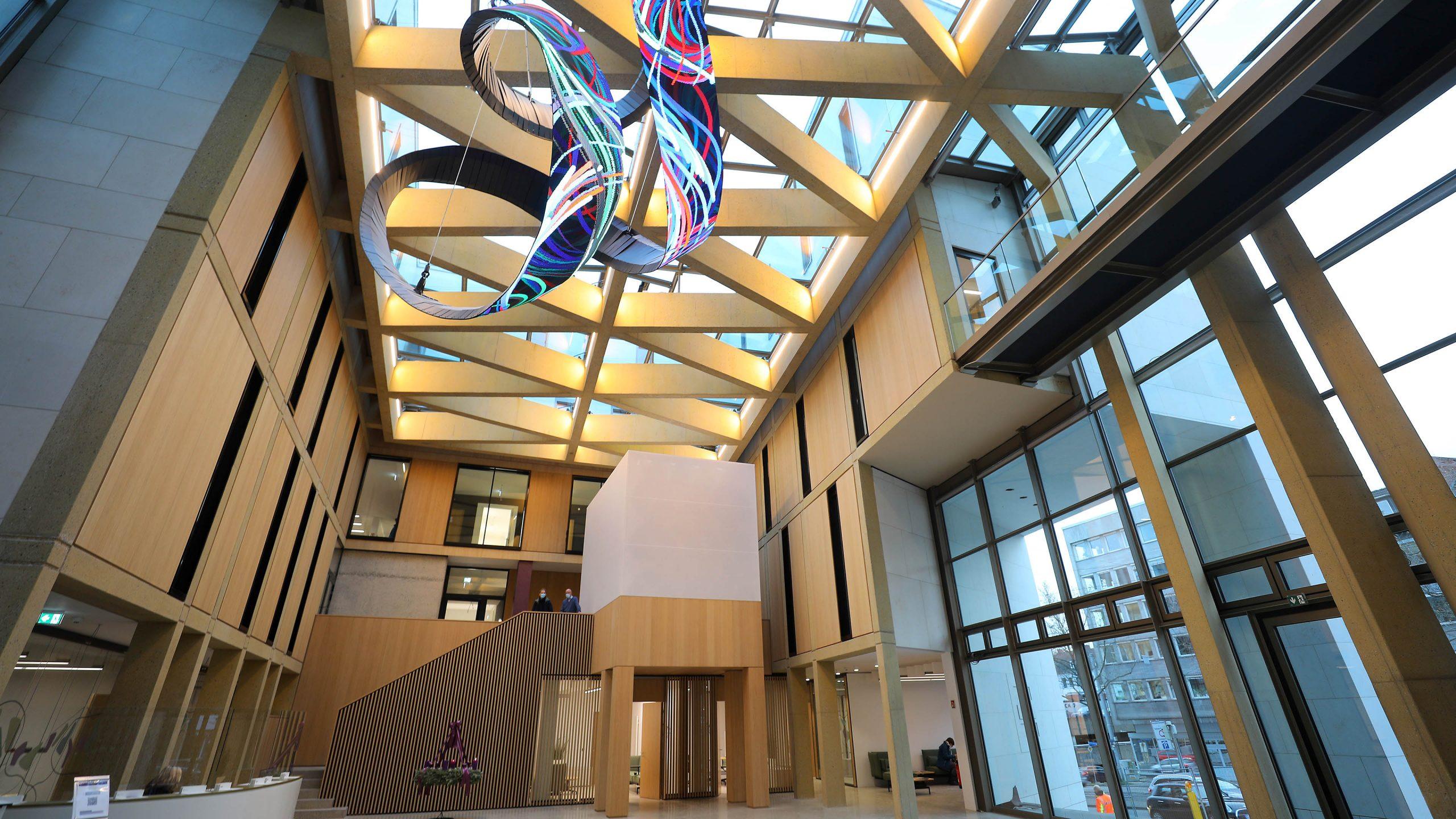 Eingangsbereich Evangelische Bank Kassel - Fassade