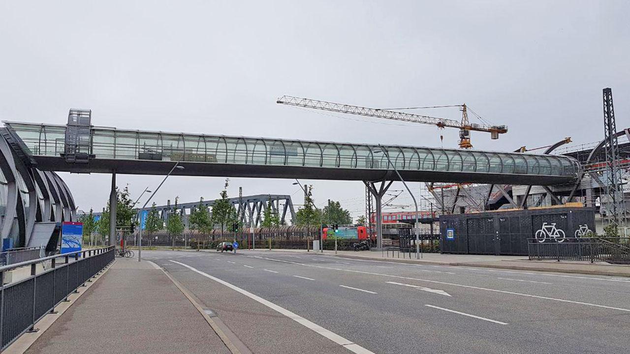 Verbindungsbrücke Skywalk Hamburg am 21.5.2019